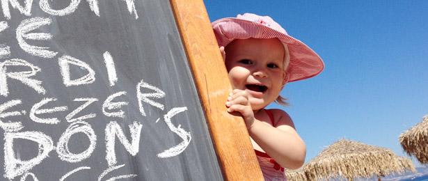 reizen-met-kinderen-griekenland-strand