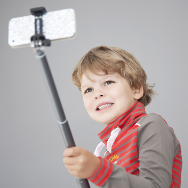 smartphonehoesjes.nl selfie stick | AllinMam.com