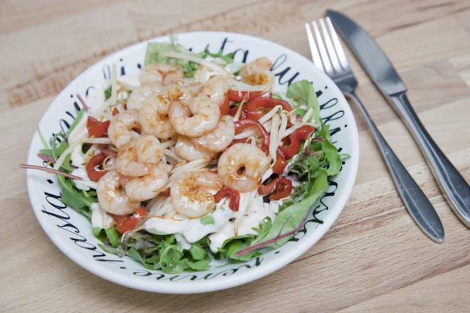 Lauwwarme salade met garnalen | AllinMam.com