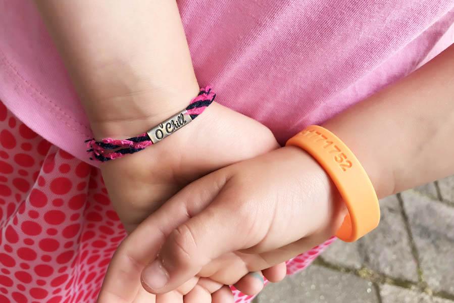 Siliconen SOS polsbandje voor kind - AllinMam.com