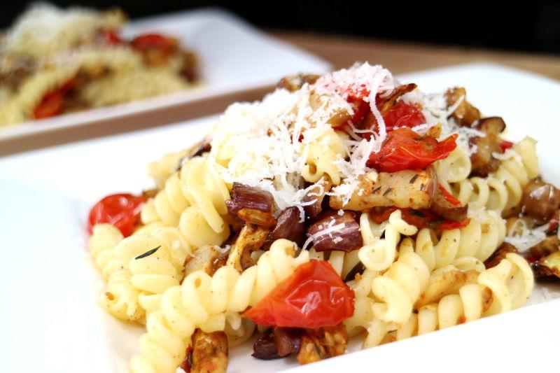 Pasta met aubergine en Melanza - AllinMam.com