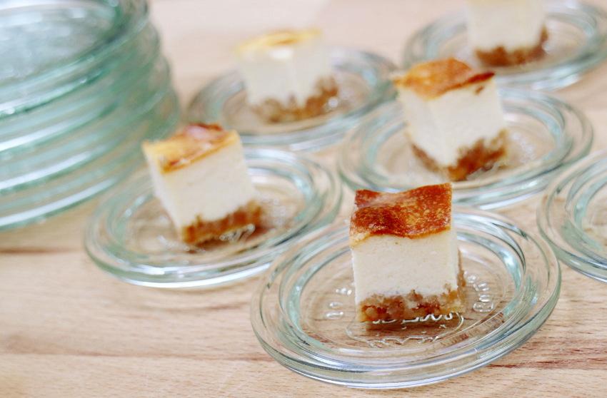 Recept voor witte chocolade cheesecake blokjes zonder suiker; leuk, lekker en veel minder machtig - AllinMam.com