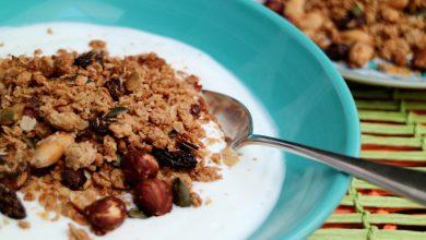 Photo of Zelf granola maken met honing en appelsap