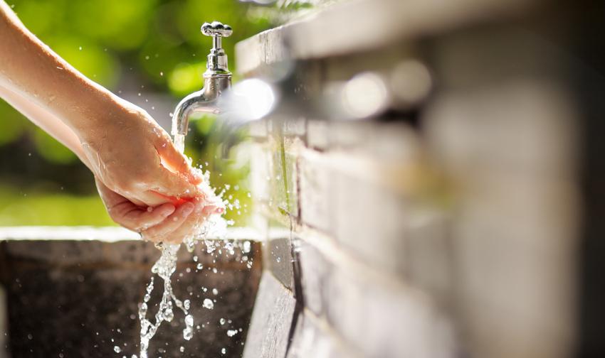 Wat kalkhoudend water met je huid doet - AllinMam.com