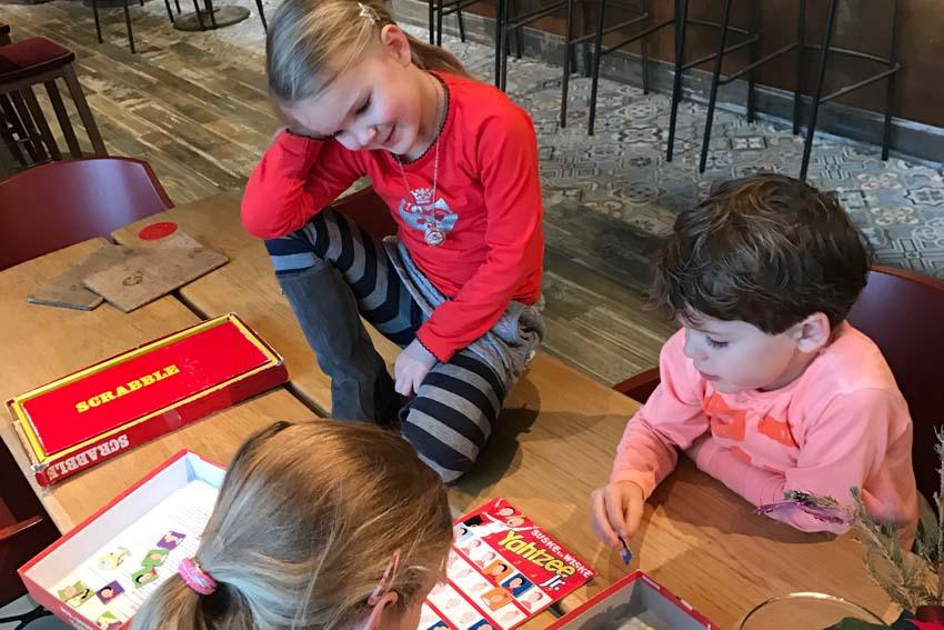 San Blas Bloemendaal kinderen spelen - AllinMam.com