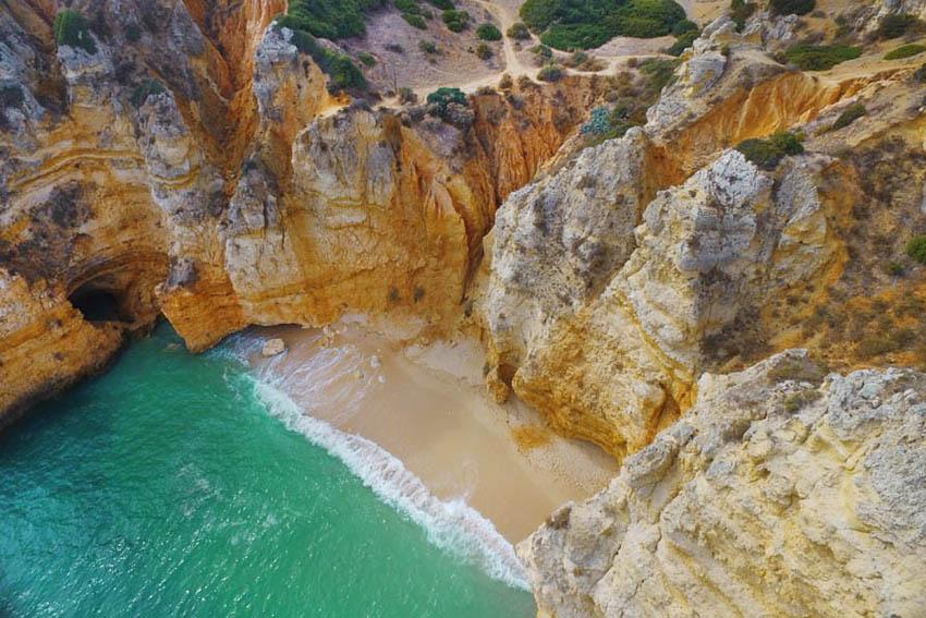 Praia da Balança - Must see aan de Algarve: Ponta da Piedade - AllinMam.com