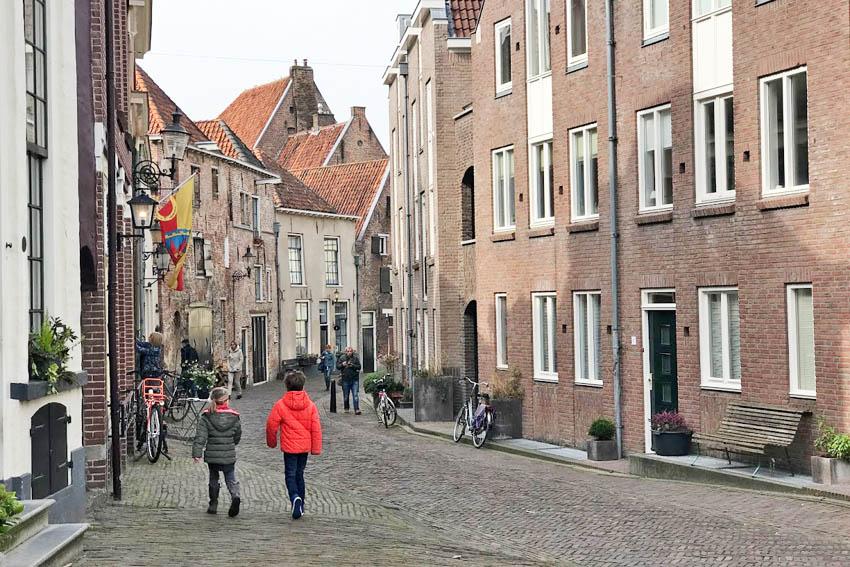 Met de kinderen wandelen door Deventer - AllinMam.com