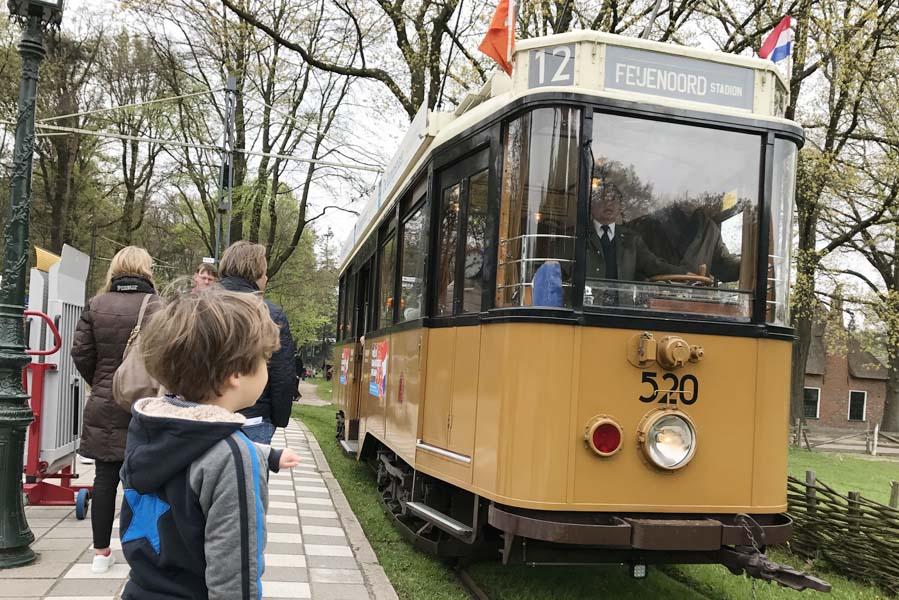 Authentieke tram in het Openluchtmuseum - AllinMam.com