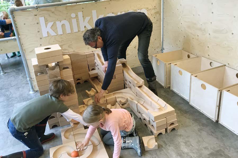 knikkerbaan bouwen op Landal Heideheuvel - AllinMam.com