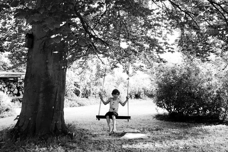 Grote schommel aan boom - AllinMam.com