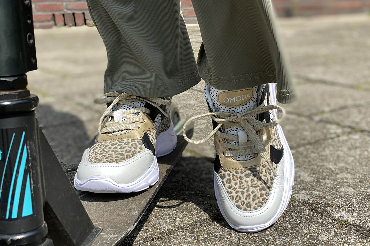 Waarom sneakers altijd kunnen - AllinMam.com