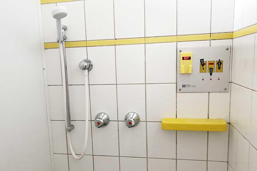 Sanitairgebouw Beerze Bulten - AllinMam.com