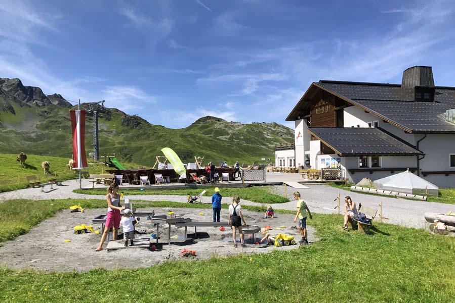 Nova Stoba Gaschurn - Wandelen in Montafon met kinderen - AllinMam.com