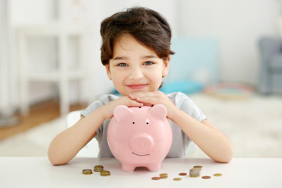 Wanneer beginnen met het geven van zakgeld tot aan tiener met pinpas - AllinMam.com