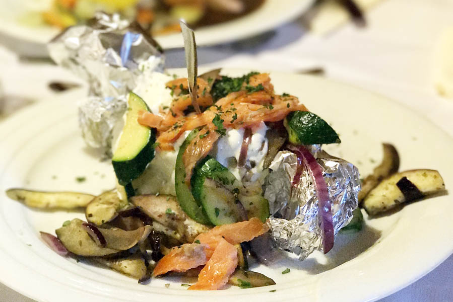 Diner in Lucknerhaus - Vakantie in Osttirol met uitzicht op de Großglockner - AllinMam.com