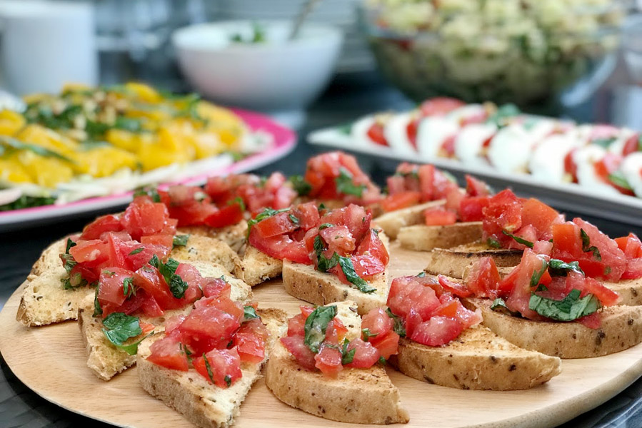 Bruchetta met tomaat - AllinMam.com