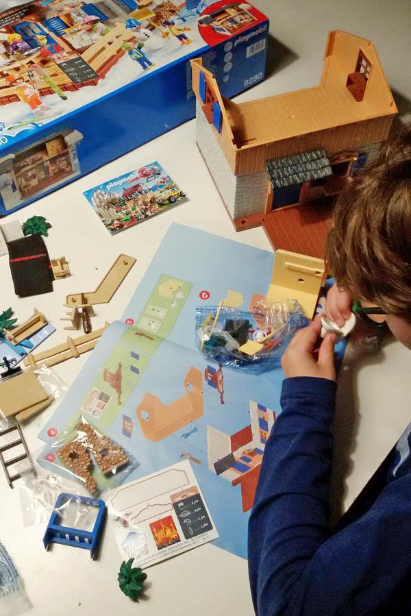 Te gast in Playmobil Wintersport Chalet - AllinMam.com