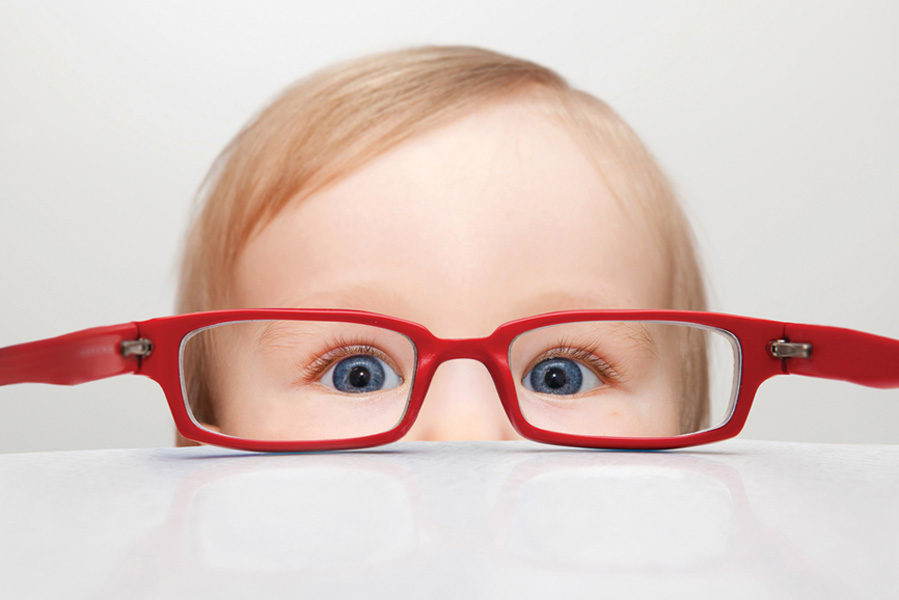 Kind laten wennen aan een bril: 4 tips - AllinMam.com