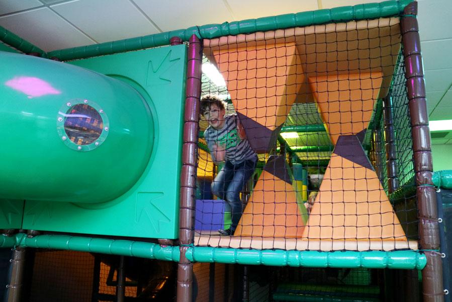 Landal Amerongse Berg binnen speeltuin voor de kinderen - AllinMam.com