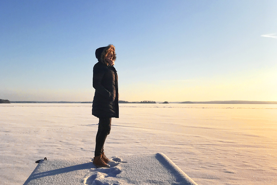 Finland lakeland, frozen lakes in winter - AllinMam.com