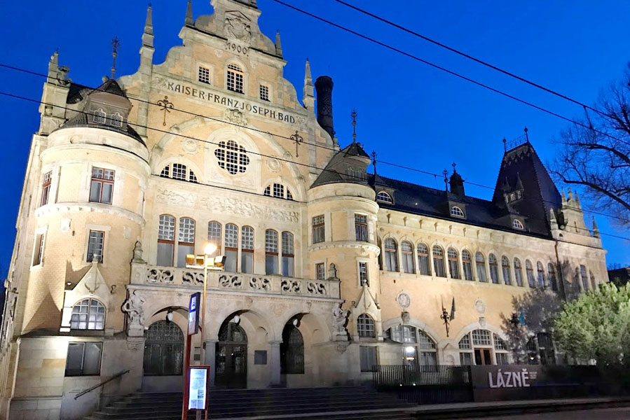 Kaiser Frans Joseph bad- Regional Art Gallery Liberec - AllinMam.com