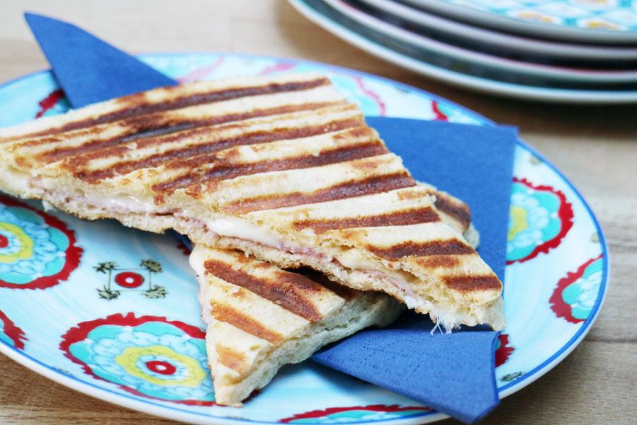 Maak je tosti koolhydraatarm, makkelijk én lekker - AllinMam.com