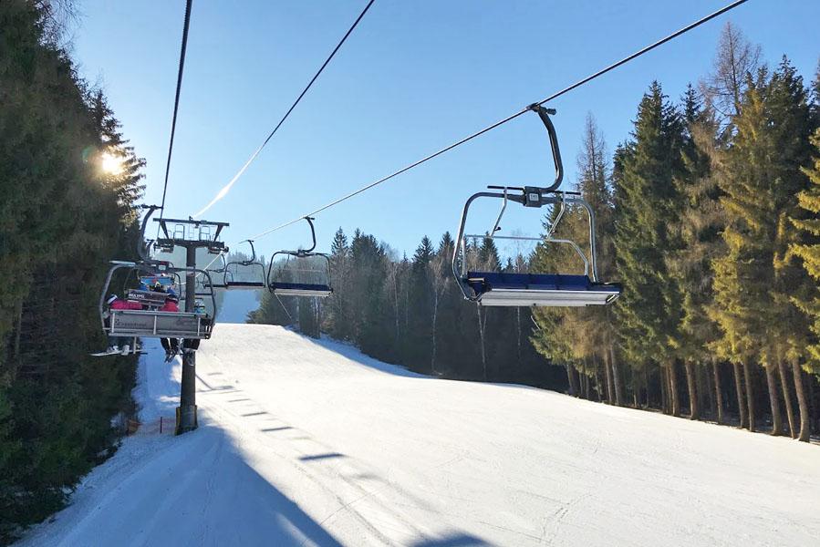 Tanvaldsky Spicak - Liberec: combinatie stedentrip en skiën in Tsjechië - AllinMam.com