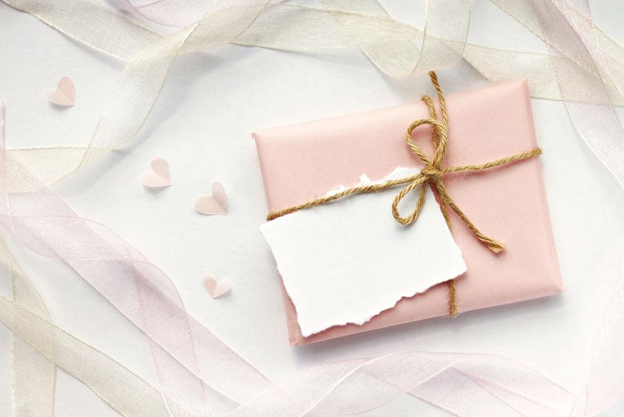 10x idee voor origineel moederdag cadeau inpakken - AllinMam.com