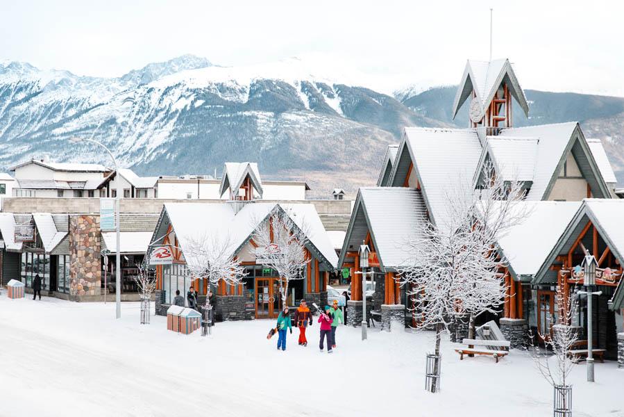 Minder duur dan je denkt: skiën in Marmot Basin, Canada - AllinMam.com