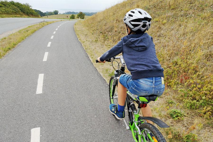 Landal Ebeltoft uitstapjes - fietsen in national park Mols Bjerge - AllinMam.com