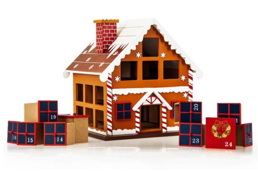 Adventskalender houten huisje met lades - Adventskalender zelf vullen? Check deze leuke exemplaren! - AllinMam.com