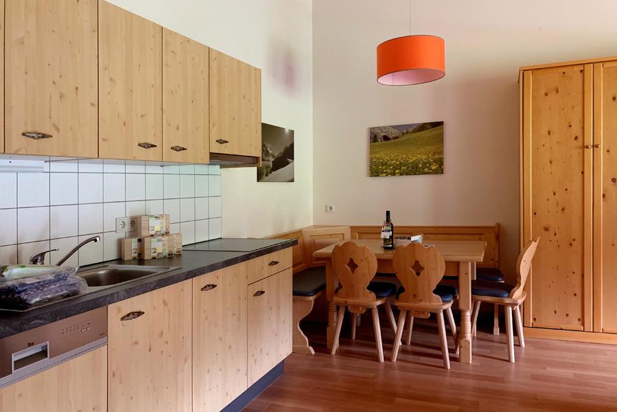 landal hochmontafon 6 persoons appartement keuken - AllinMam.com