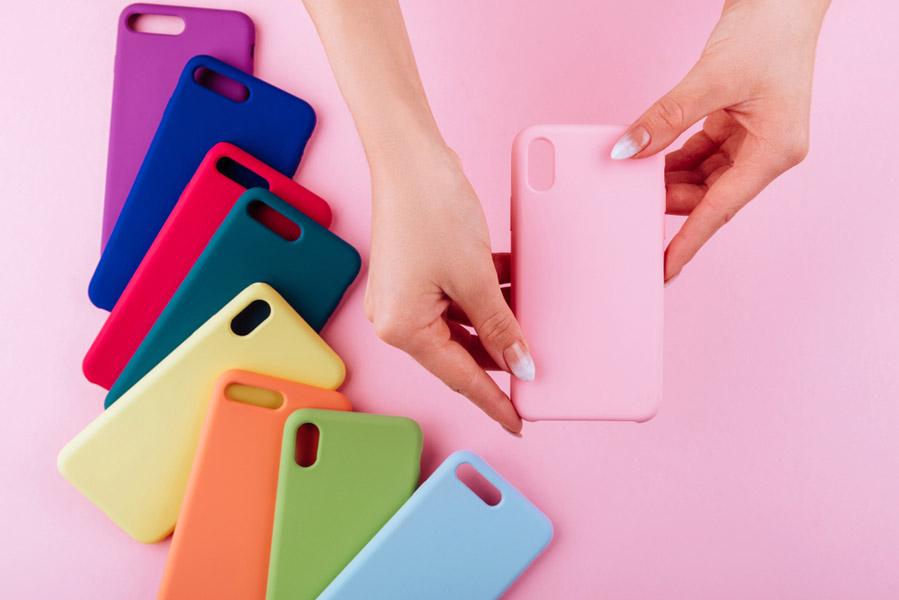 Telefoonhoesje als accessoire bij jouw outfit - AllinMam.com