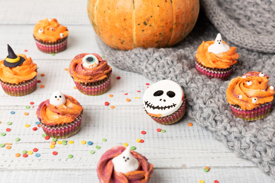 Halloween cupcakes - 15 Halloween ideeën voor in huis - AllinMam.com