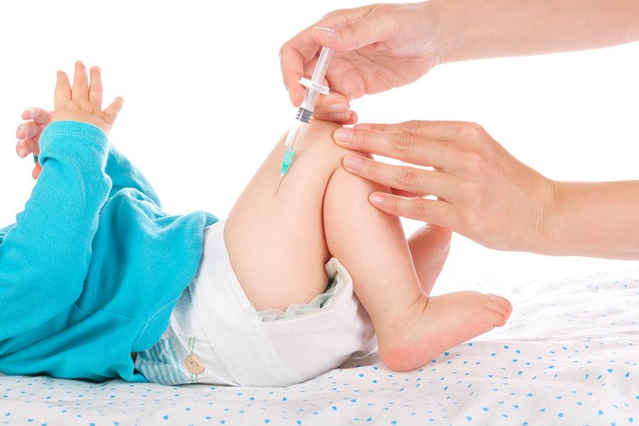 Huilen bij vaccinatie: als je zelf harder huilt dan je kind - AllinMam.com