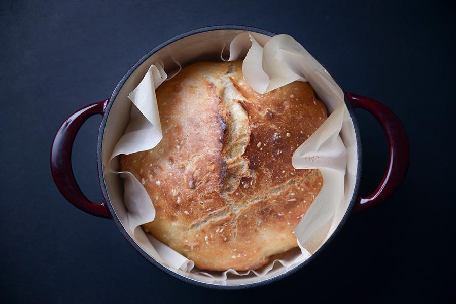 Dutch Oven: koken en bakken, maar dan net even anders - AllinMam.com