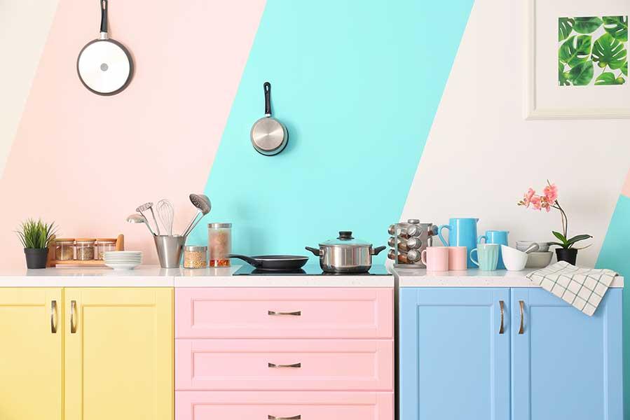Verbouwen? Tips voor de vorm en kleur van jouw keuken - AllinMam.com