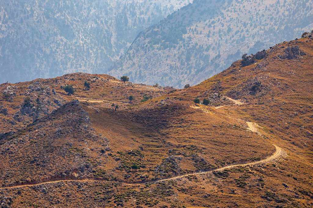 Jeeptour op Kreta - 5 outdoor activiteiten die je op vakantie op Kreta gedaan moet hebben - AllinMam.com